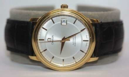 OMEGA 18K Yellow Gold Automatic Chronometer Date 35mm Watch Swiss Black Leather