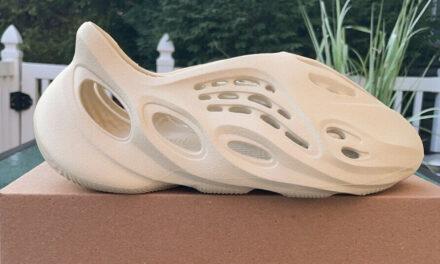 Adidas Yeezy Foam Runner Sand Size 8