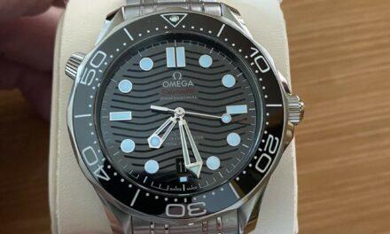 2021 Omega Seamaster Diver 300M Steel 42 mm Black Dial Watch 210.30.42.20.01.001