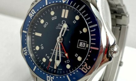 """Omega Stainless Steel """"Diver 300m Seamaster"""" Men's Watch"""