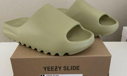 NEW Adidas Yeezy Slide Resin GZ5551 Men's Size 9 Women's 10.5