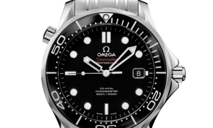 Omega Seamaster 300  SMP300  Black  212.30.41.20.01.003 Excellent Condition!!
