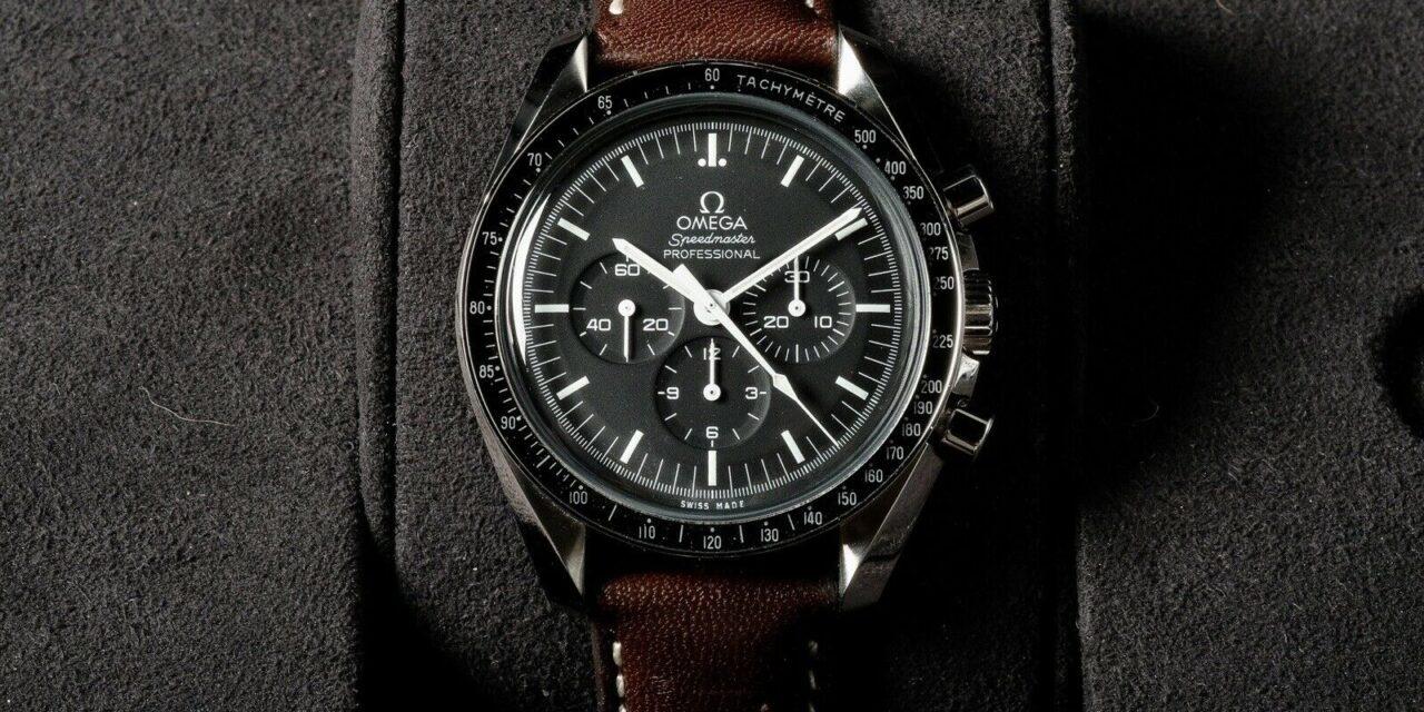 OMEGA Speedmaster Professional Moonwatch- 311.33.42.30.01.001