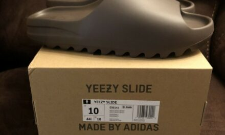 Yeezy Slide Soot Size 10 GX6141 BRAND NEW IN HAND